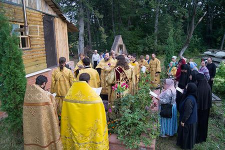 Архиерейские богослужения в день памяти святого священноисповедника Георгия (Коссова). Фоторепортаж