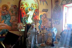 Архиепископ Антоний совершил Божественную литургию в Рождество-Богородицком хра