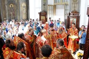 Архиерейское служение в 9-ю пятницу по Пасхе в Свято-Никольском храме поселка Кр