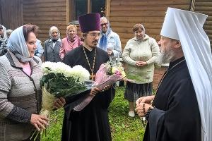 Митрополит Антоний совершил литургию в храме святого священноисповедника Георгия