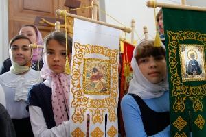 Архиерейская литургия в праздник Рождества Пресвятой Богородицы в Троицком храме