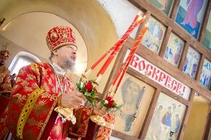 В праздник иконы «Живоносный Источник» митрополит Антоний возглавил литургию в Т