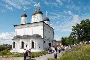 Болховчане почтили главную святыню города