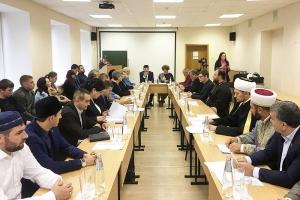 Представитель митрополии выступил на круглом столе о взаимоотношениях представителей традиционных религий в Орловской области