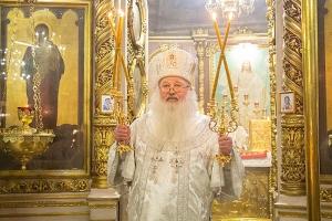 Митрополит Тихон совершил литургию в Иоанно-Крестительском храме Орла в день его престольного праздника