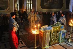 В канун Недели о блудном сыне митрополит Тихон совершил богослужение в Ахтырском соборе