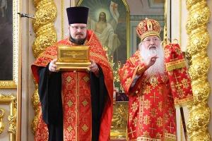 Архипастырь совершил всенощное бдение в канун дня памяти святого апостола Иоанна Богослова