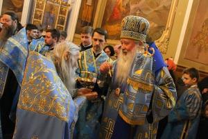 В канун Недели о мытаре и фарисее митрополит Тихон и схиархимандрит Илий совершили богослужение в Ахтырском кафедральном соборе
