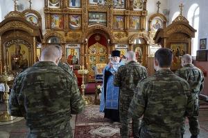 Сотрудники отдела специального назначения регионального УФСИН побывали в Воскресенском храме Орла