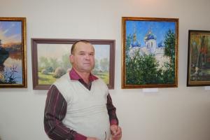 Преподаватель Болховский православной гимназии пишет картины, которые есть в коллекциях по всему миру. В самой гимназии открылась выставка его работ