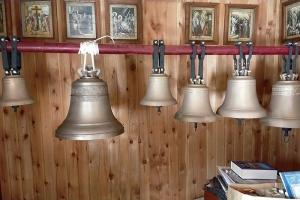 В храме в селе Спас-Чекряк появилась малая звонница