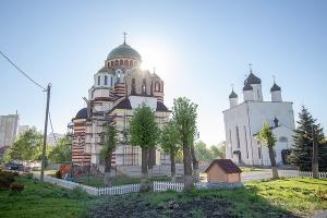 В Неделю 3-ю по Пасхе Архипастырь совершил Литургию в Свято-Успенском монастыре