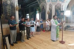 В Свято-Троицком храме Орла продолжаются регулярные молебны о семье