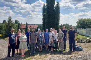 Участники орловских православных молодежных движений потрудились в поддержку обители святой Ксении