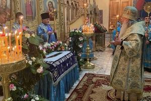 Православные христиане отмечают праздник Успения Пресвятой Богородицы