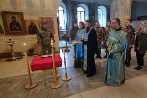 Во Мценске героя Великой Отечественной войны проводили в последний путь по православному обряду