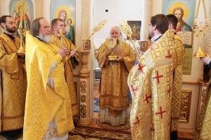 Архиерейская литургия состоялась впервые в новейшей истории Казанского храма в селе Паслово в Орловском районе