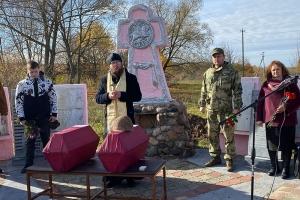 Во Мценском районе совершена панихида по двум павшим героям Великой Отечественной войны