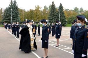 Митрополит Тихон поздравил новых сотрудников полиции с принятием присяги