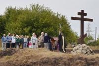 На месте былинного подвига Ильи Муромца в с. Девять Дубов Хотынецкого района освящен поклонный крест. 12 сентября 2018 г.