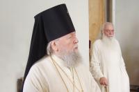 Архиепископ Паисий и протодиакон Стефан Юрашевич. Михаило-Архангельский собор. 23 мая 2005