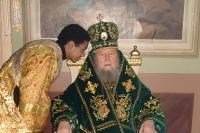 8 января 2006. Архиепископ Паисий и иподиакон Дмитрий Лебамба. Ахтырский кафедральный собор