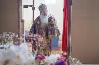 В Неделю 4-ю Великого поста, прп. Иоанна Лествичника, митрополит Орловский и Болховский Тихон совершил Литургию в строящемся Покровском храме Мценска. 11 апреля 2021 г.