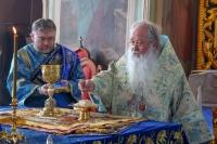 В праздник Благовещения митрополит Орловский и Болховский Тихон и схиархимандрит Илий (Ноздрин) совершили Литургию в Ахтырском кафедральном соборе Орла. 7 апреля 2021 г.