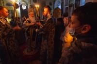 Митрополит Орловский и Болховский Тихон совершил богослужения Великой Пятницы в Свято-Успенском монастыре и Ахтырском кафедральном соборе Орла. 30 апреля 2021 г.