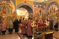 В Неделю 5-ю по Пасхе митрополит Орловский и Болховский Тихон возглавил Божественную литургию в Троице-Васильевском храме Орла. 30 мая 2021 г.