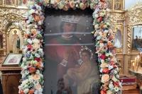 В праздник Балыкинской иконы Божией Матери митрополит Орловский и Болховский Тихон в сослужении схиархимандрита Илия (Ноздрина) совершил Литургию в Свято-Введенском монастыре Орла. 13 июля 2021 г.