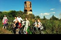 Воспитанники воскресной школы из Лаврово совершили первое в истории прихода велопаломничество