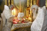В канун и в день праздника Рождества Крестителя Господня Иоанна митрополит Орловский и Болховский Тихон и схиархимандрит Илий (Ноздрин) совершили богослужения в Свято-Иоанно-Крестительском храме Орла. 6-7 июля 2021 г.