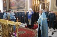 Митрополит Орловский и Болховский Тихон совершил молебен перед  иконой Божией Матери «Неопалимая Купина» в Ахтырском кафедральном соборе города Орла. 17 сентября 2021 г.
