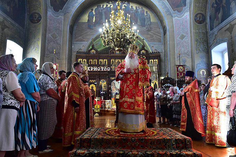 Каждый народ почитает святителя Николая своим родным — митрополит Тихон