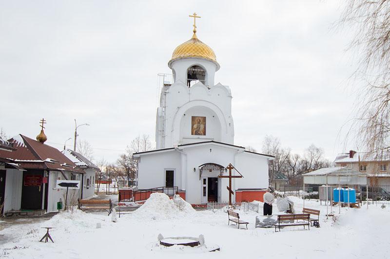 Архипастырь совершил Литургию в храме святого Александра Невского в 909 квартале