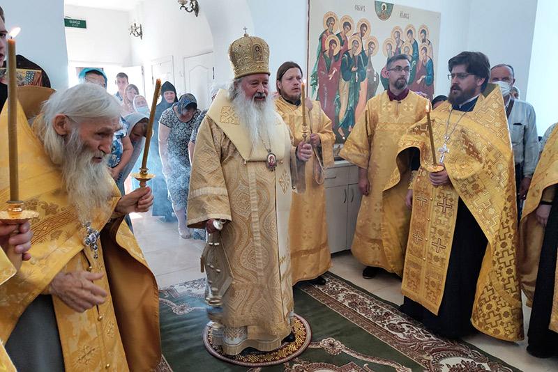 Церковь отмечает праздник Собора двенадцати апостолов